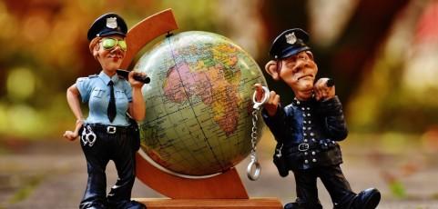 Verhinderung einer zulässigen Urlaubsreise durch missbräuchliche Benutzung der Bundespolizei stellt Verstoß gegen Umgangsvereinbarung dar