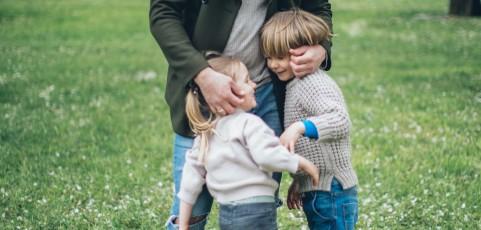 Vater ist zum Umgang mit seinen Kindern verpflichtet