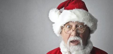 Gesetzlich Versicherte dürfen auf Foto für Gesundheitskarte keine Weihnachtsmannmütze tragen