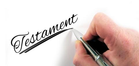 Geltendmachung eines Pflichtteils in Unkenntnis der testamentarischen Pflichtteilsstrafklausel führt nicht zur Anwendung der Klausel